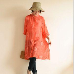 【最速でオシャレに見せる一着】「パリ女性の赤」をマスターすれば、おしゃれ度はアップする!
