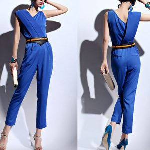 【 知って得する!カラー講座】ブルーのお洋服には〇〇効果が!暑さに負けないブルーカラーアイテムご紹介