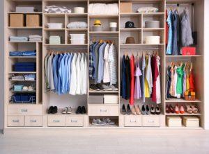 【10年着るための洋服ケア】衣服の収納のコツ☆衣服の収納方法、正しく行っていますか?