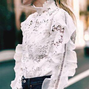 【10年着るための洋服ケア】365日華やかさを纏う…――大人のレースアイテムのお手入れ方法とオススメコーディネート