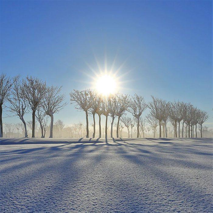 【一押しオススメアイテム】暖冬の今年はゆったりした1枚仕立てのガウンコートが気分
