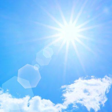 【40代からのアンチエイジング】今から備えておきたい紫外線対策アイテム! サワアラモードのハットや日傘、アームカバーでおしゃれにUVカット♪